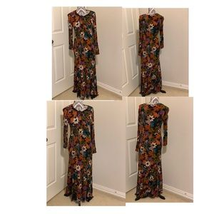 New York and company floral maxi dress Large